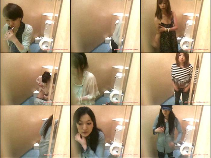 Gyoretsu Toilet 3